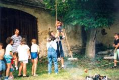 Před stavbou knihovny vroce 2000