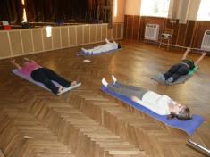 Cvičení jógy říjen 2011
